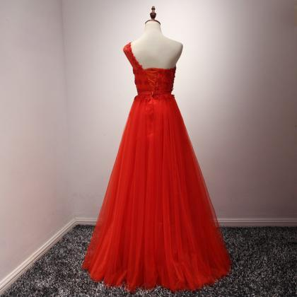 Long Red Tulle Formal Dresses Featu..