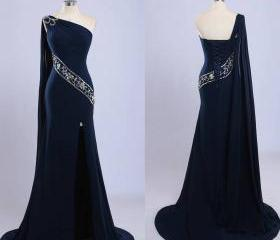 Elegant Long Navy Bl..