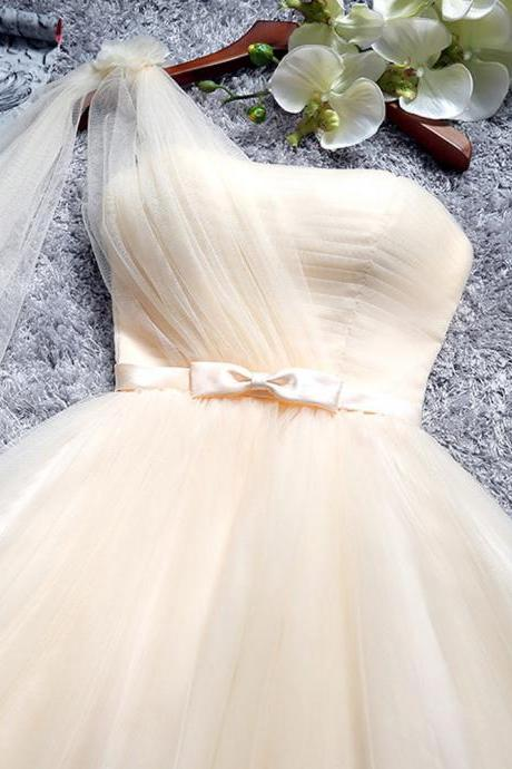 Charming Champagne One Shoulder Tulle Short Bridesmaid Dresses With Belt