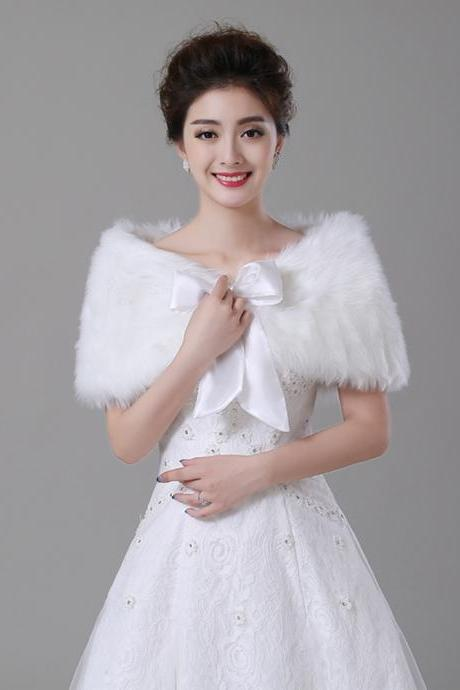Luxury White Faux Fur Cape for Women Warm Bridal Wraps With Bowknot Bridal Bolero