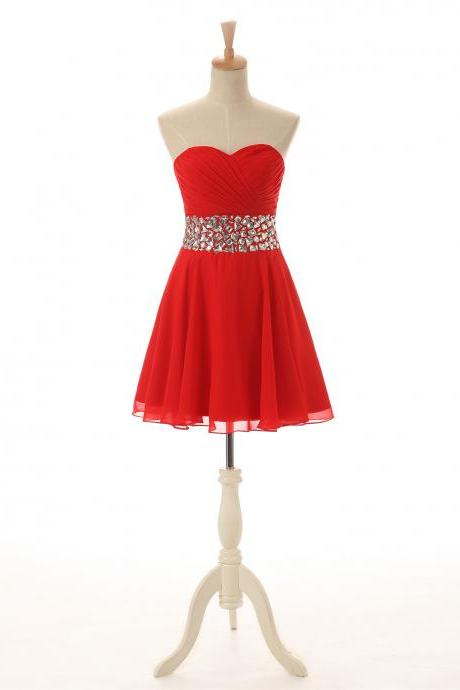 Luxury Red Beaded Strapless Chiffon Short Homecoming Dresses