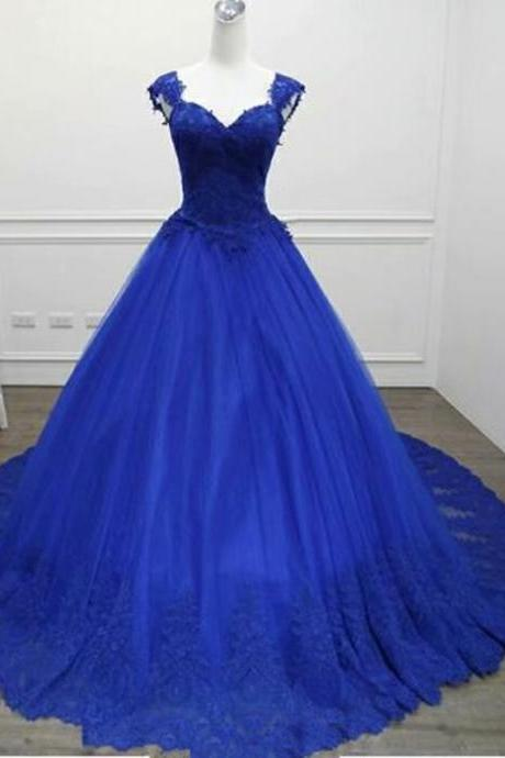 Sexy V Neck Lace Long Prom Dresses 2019 New Tulle Beaded Appliques Princess Ball Gown Vintage Evening Dress