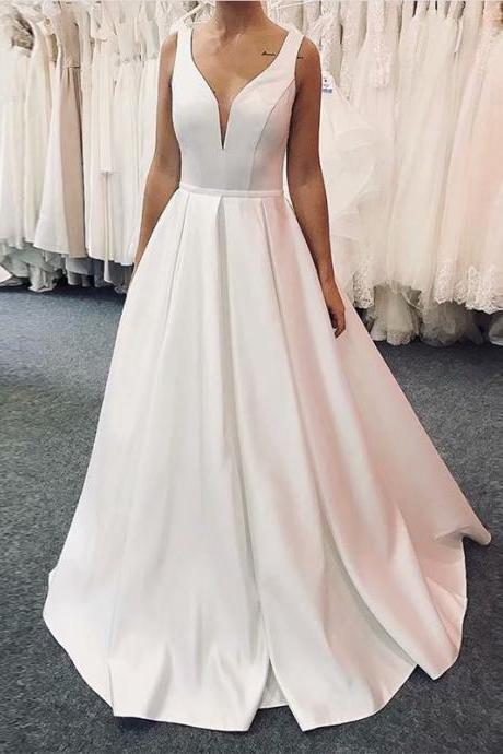 Satin Ball Gown White Ivory Wedding Dress 2019 Wedding Gown Deep V Neck Princess Vintage Bridal Dress