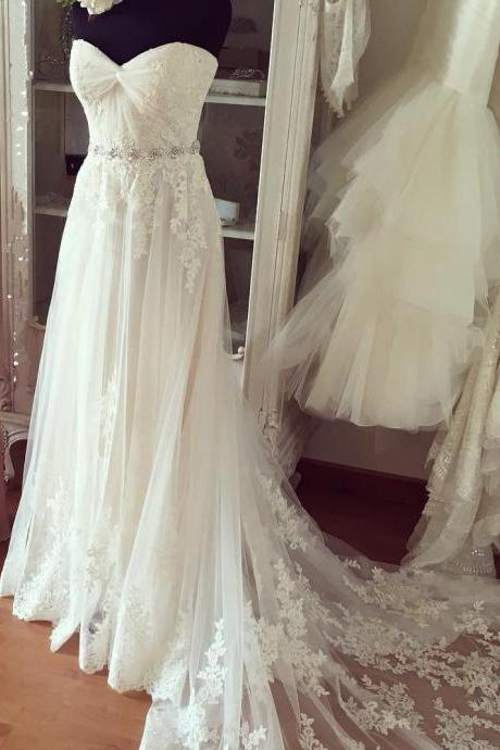 Marvelous White Long Tulle Prom Dresses Showcases Lace Applique Sweetheart Bodice,Sexy Evening Gowns,Formal Dresses